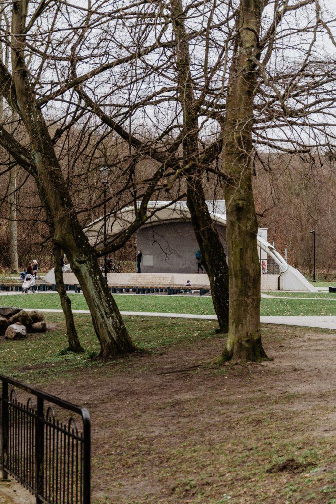 Park na Oruni. Amfiteatr na Oruni