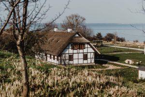 Osada Łowców Fok w Rzucewie – historyczny park pradawnych kultur