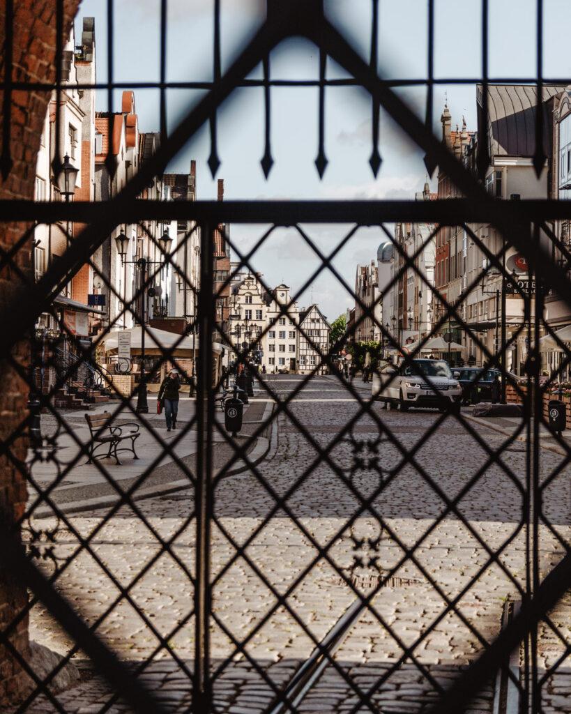 Brama Targowa w Elblągu i Stary Rynek